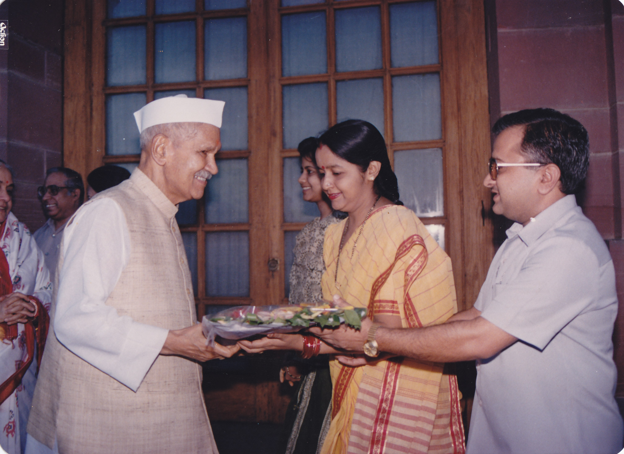 Greeting with his wife the then President of India- Dr. Shankar Dayal Sharma
