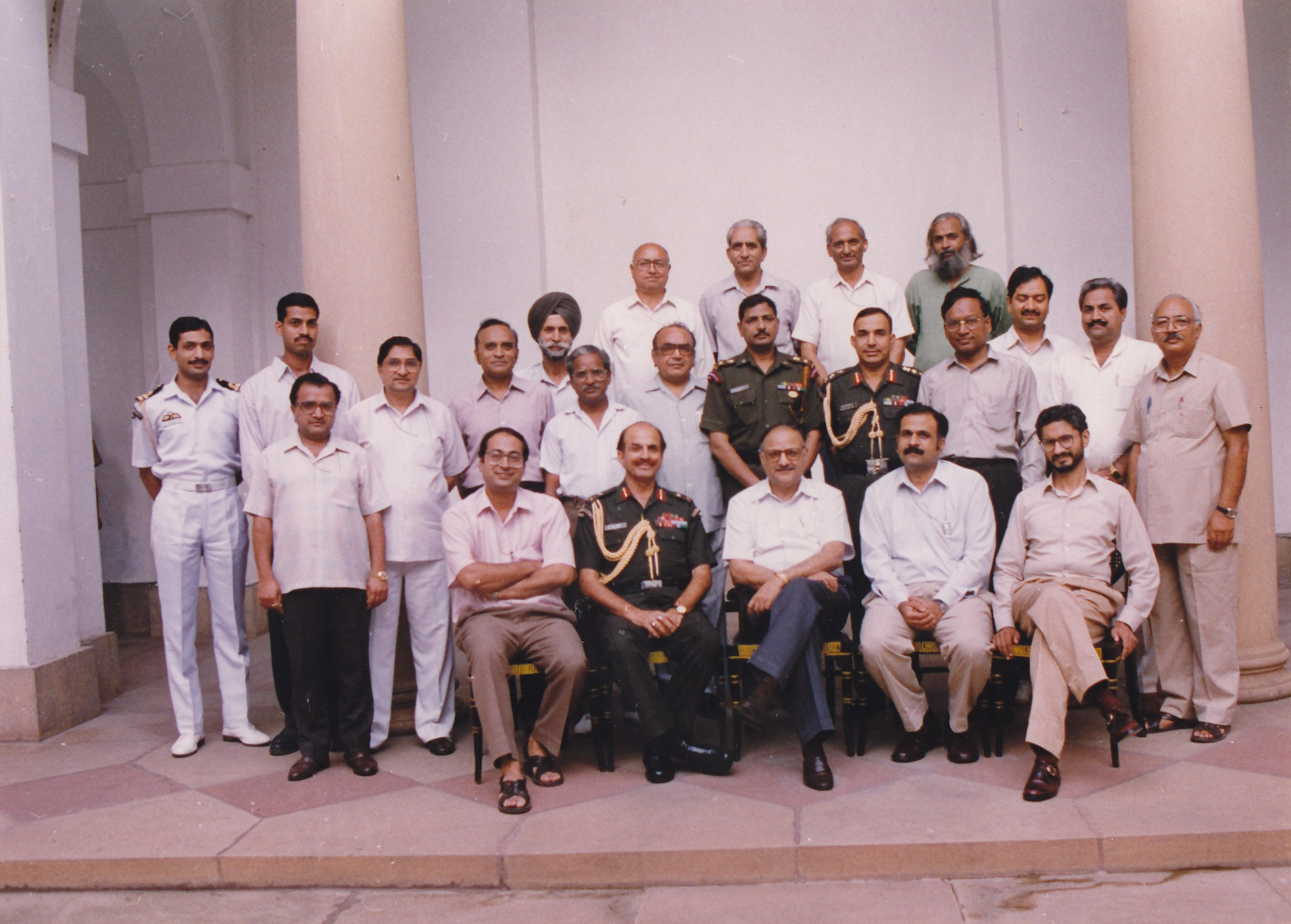With senior officials of the President House